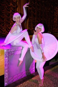 The-DLE-Las-Vegas-Cirque-Troupe-hoop-skirt-gals-2