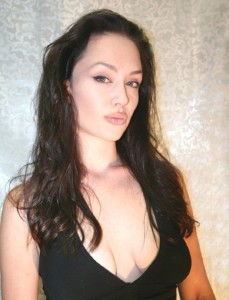 The-DLE-USA-Angelina4