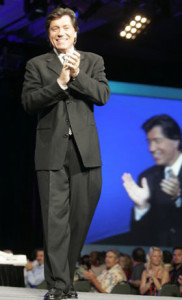 ross shafer clapping at corporate speaking event